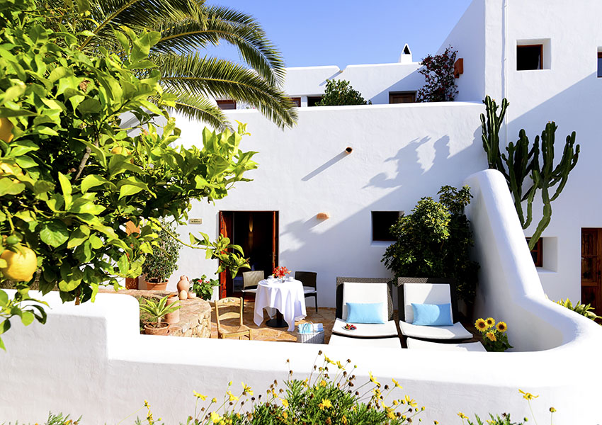 Hotel-Rural-Can-Curreu-Ibiza-1