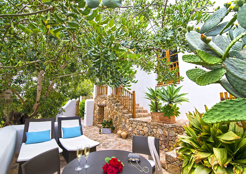 Hotel-Rural-Can-Curreu-Ibiza-0